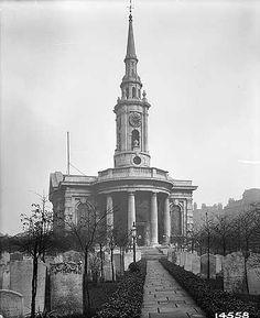 Churchyard 1897.jpg