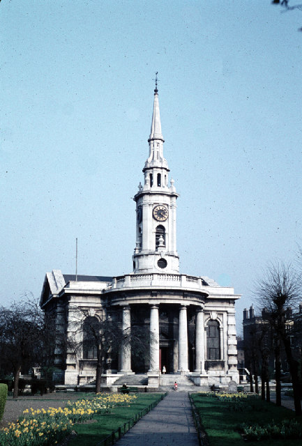 Churchyard 1959.jpg
